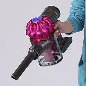 我买的戴森吸尘器现在充不了电