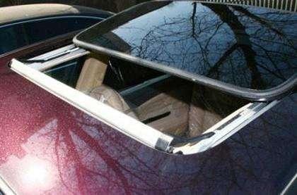 汽车天窗保养